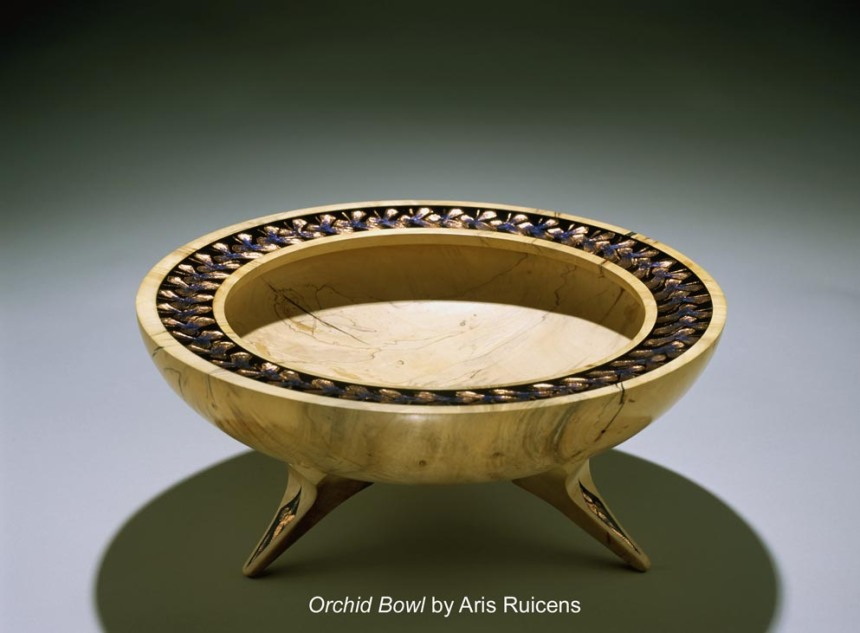 This image of Orchid Bowl by Aris Ruicens featured in Lark Books 500 Wood Bowls